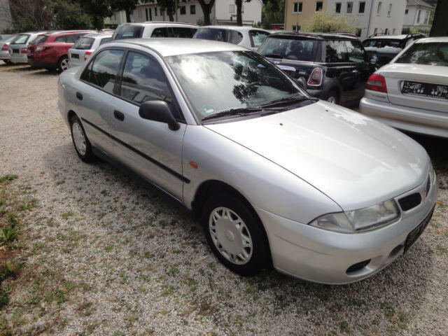 Autos nach Mitsubishi Carisma