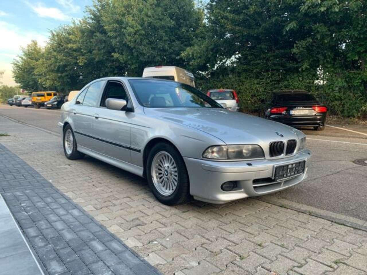 Autos nach BMW 5-Series 535i