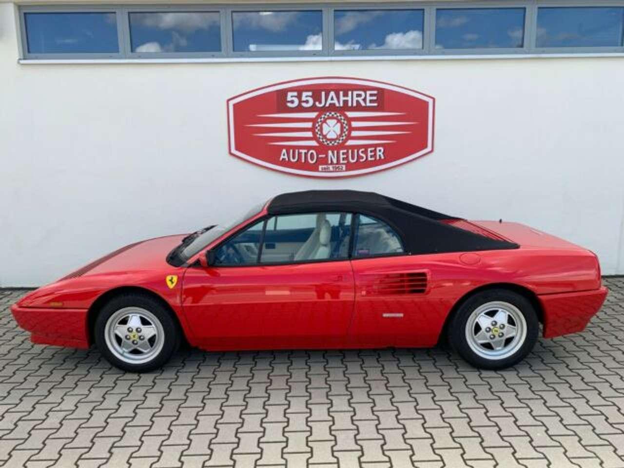 Autos nach Ferrari Mondial t