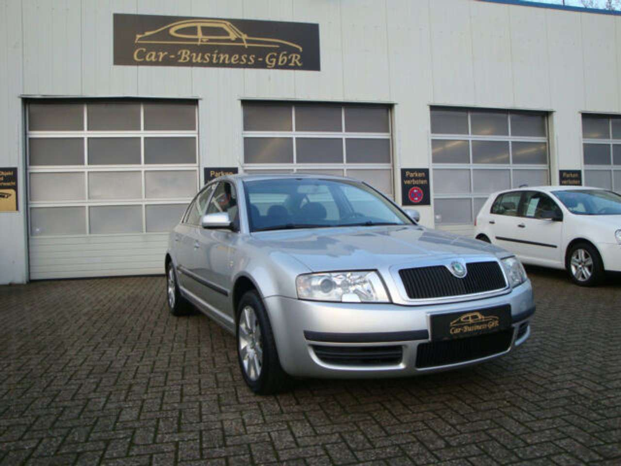 Autos nach Skoda Superb 1.8 Turbo