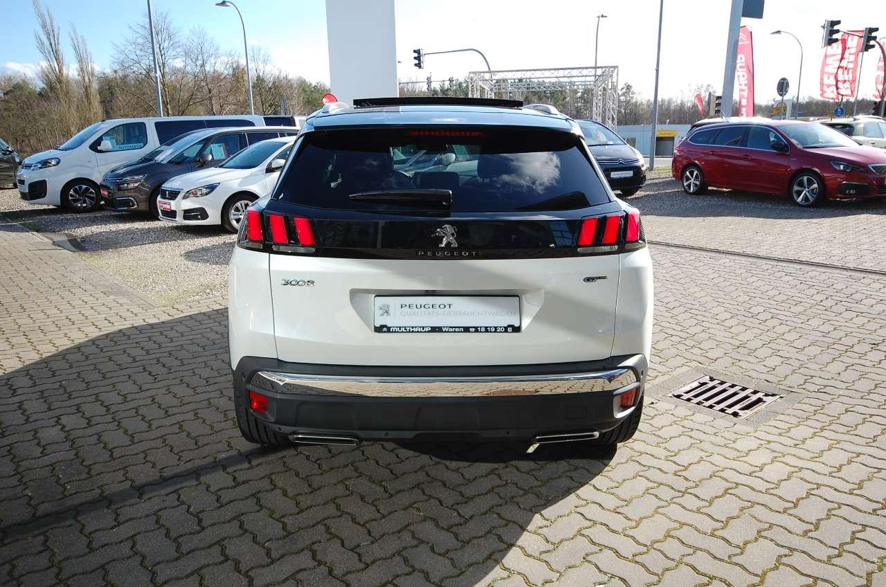 Autos nach Peugeot 5008 II