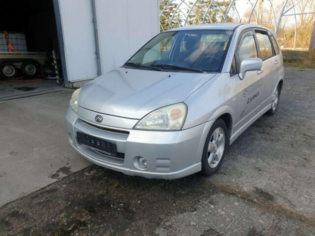 Autos nach Suzuki Liana 1.6 2WD