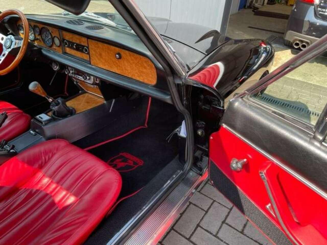 Autos nach Fiat Bertone Cabrio