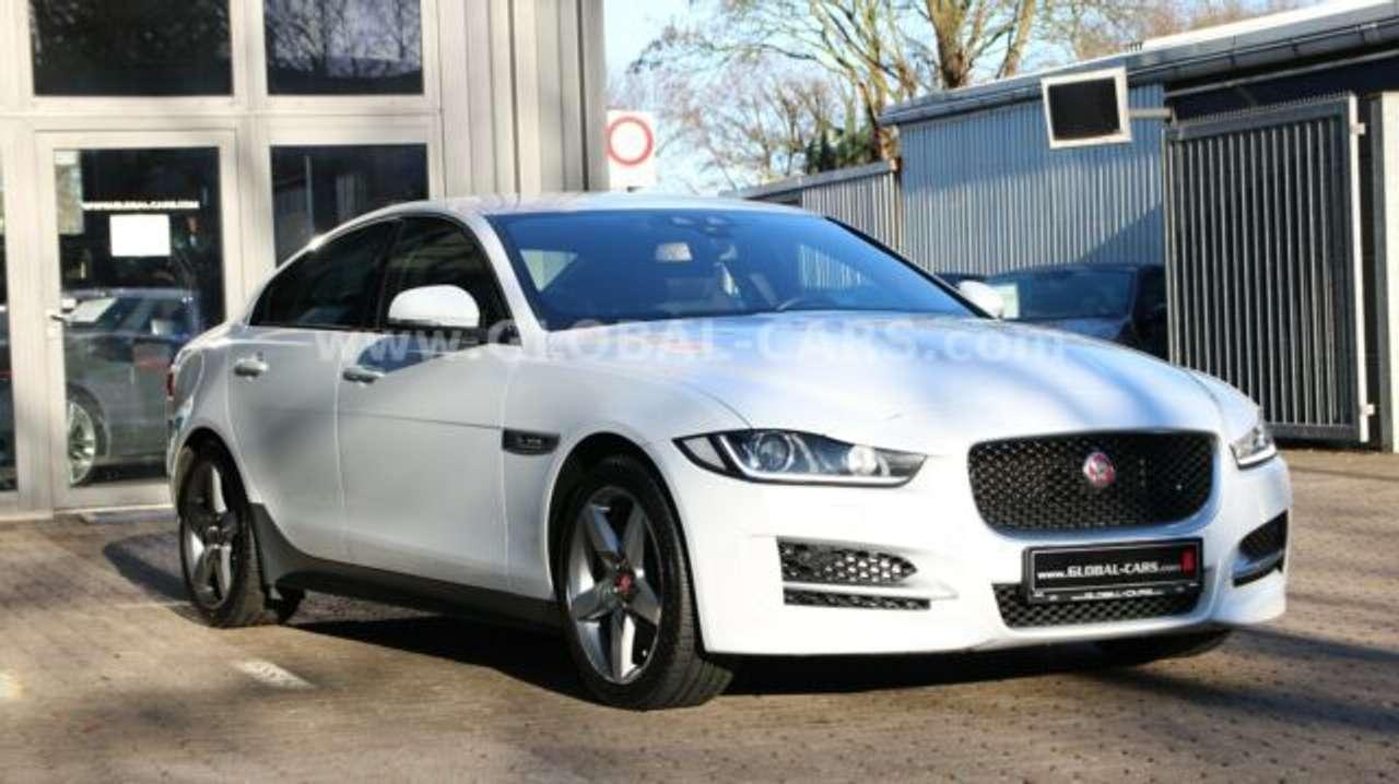 Autos nach Jaguar XE 20d