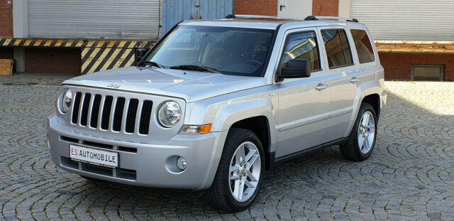 Autos nach Jeep Patriot 2.2 CRD