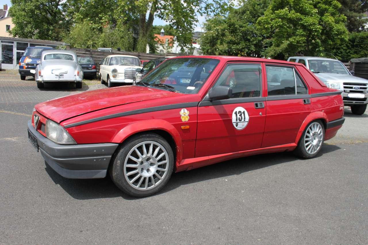 Autos nach Alfa Romeo 75
