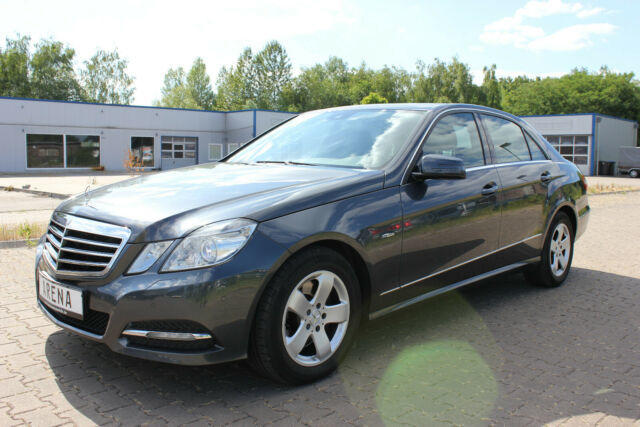 Used Mercedes Benz E-Class 300 D