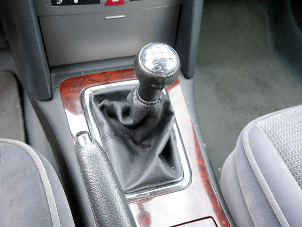 Autos nach Peugeot 407