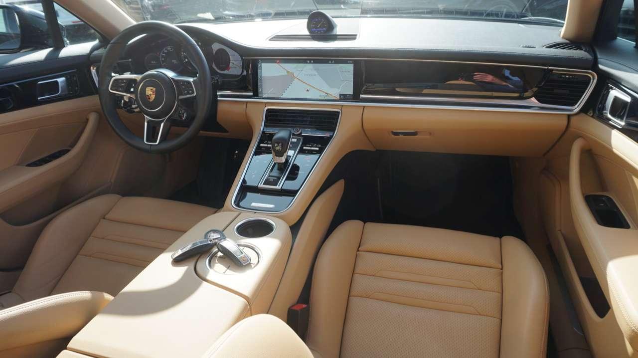 Autos nach Porsche Panamera