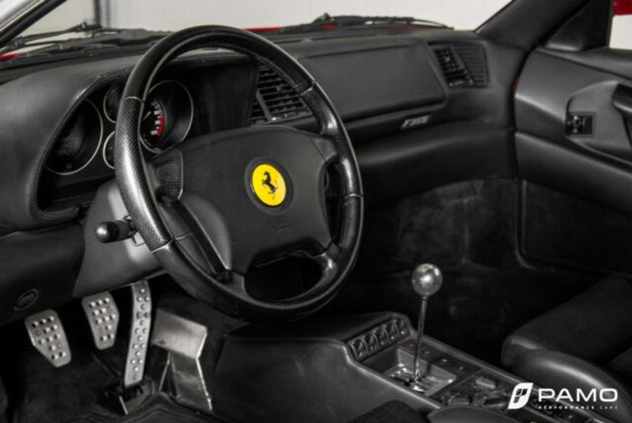 Autos nach Ferrari F355