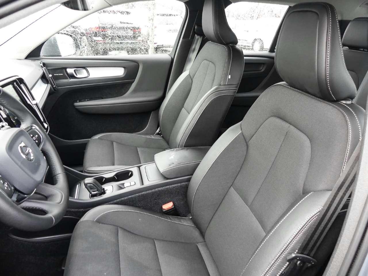 Autos nach Volvo XC40
