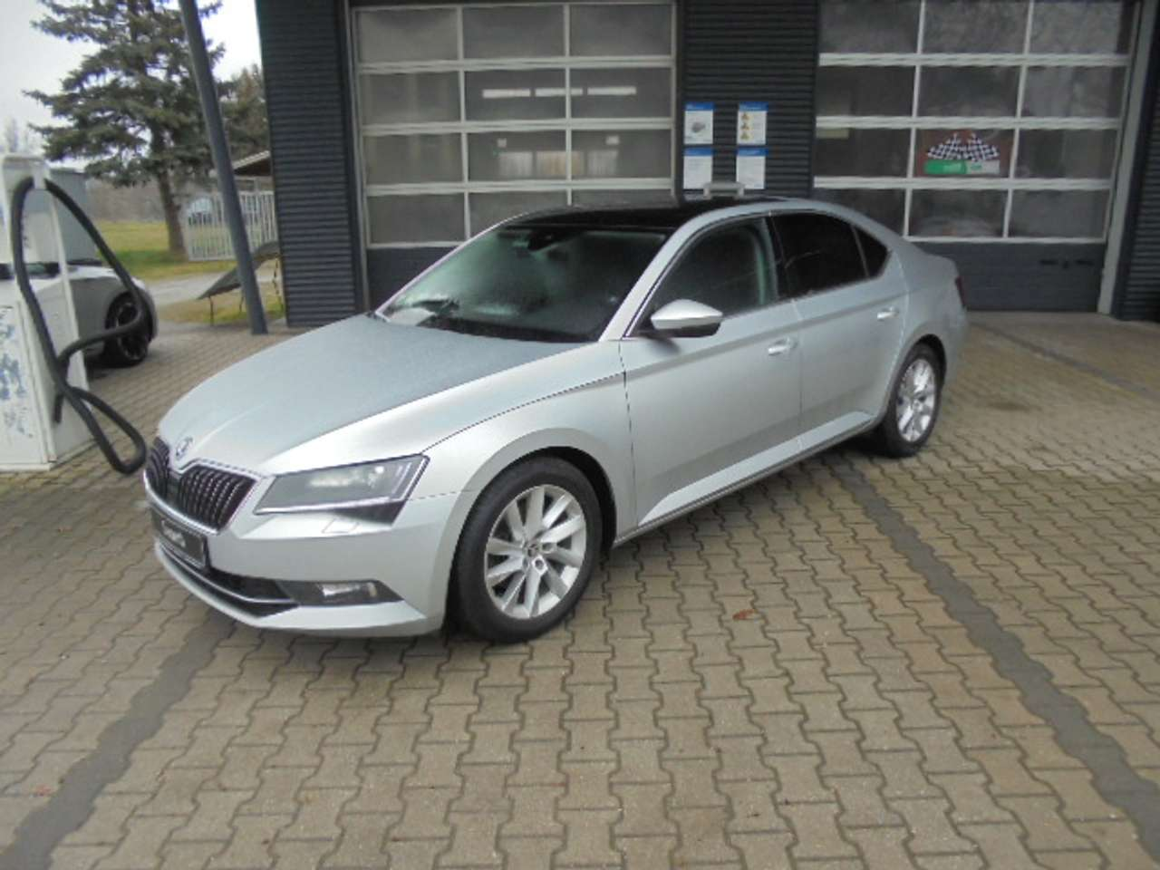 Autos nach Skoda Superb 2.0 TDI