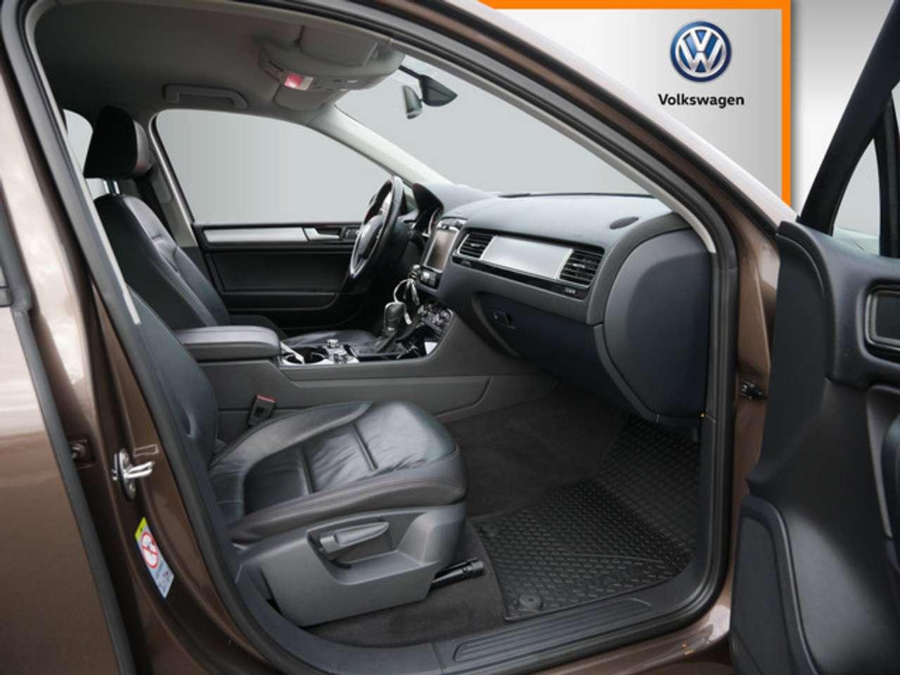 Autos nach Volkswagen Touareg