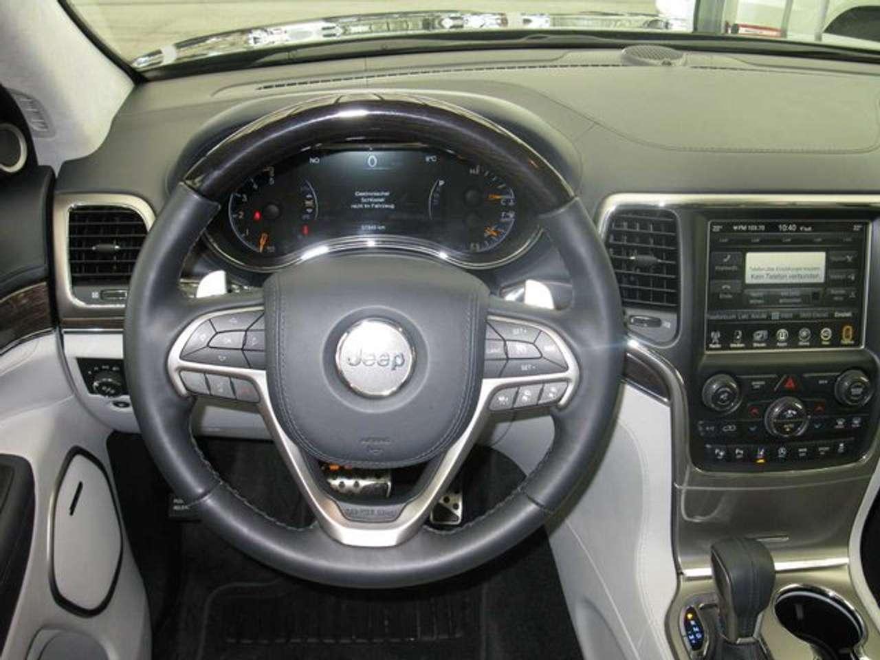 Autos nach Jeep Grand Cherokee