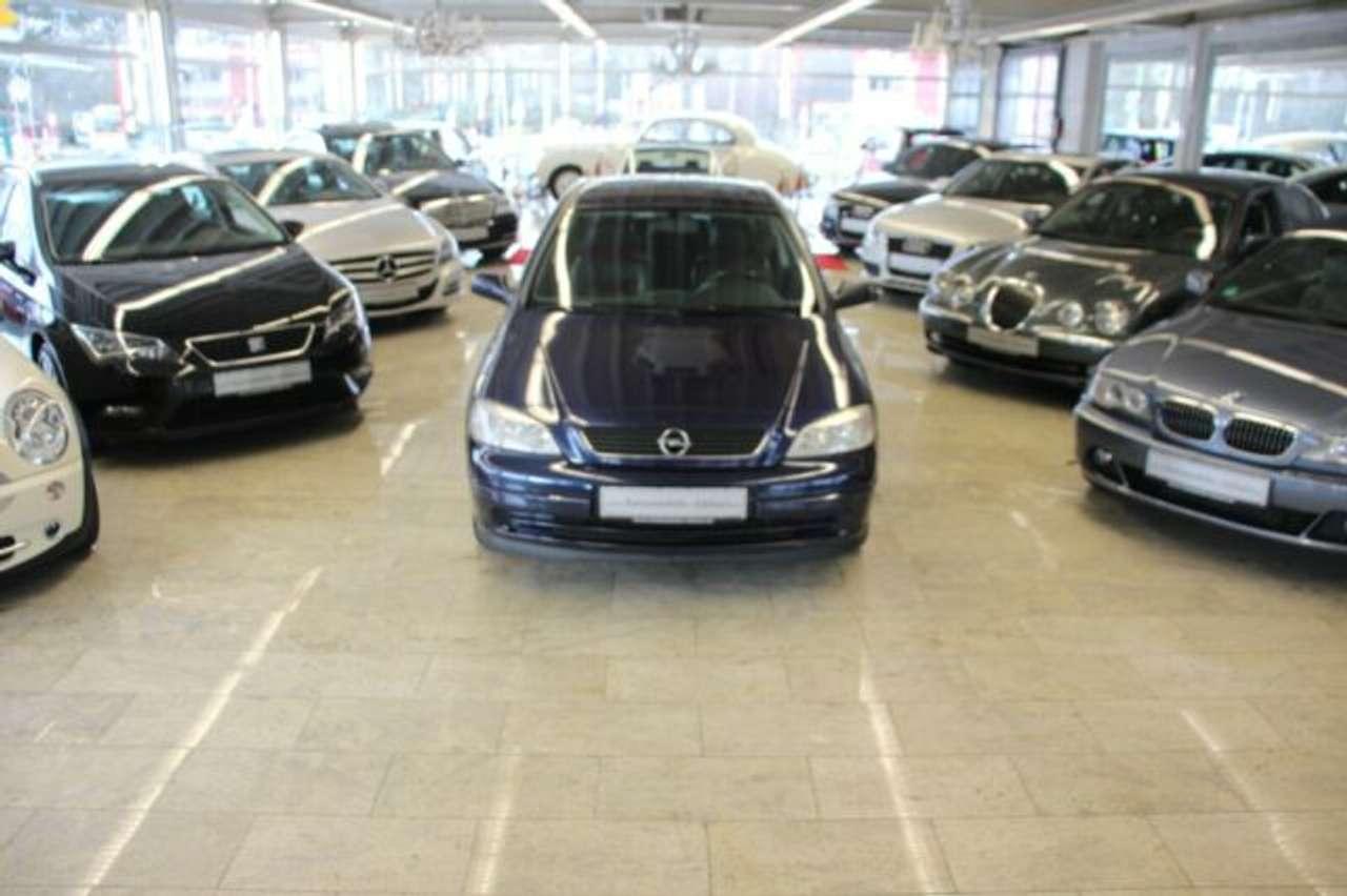 Autos nach Opel Astra 1.6 16V