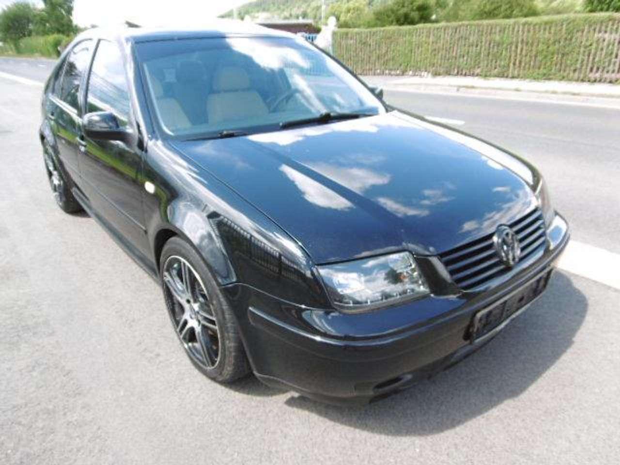Autos nach Volkswagen Bora 2.3 V5