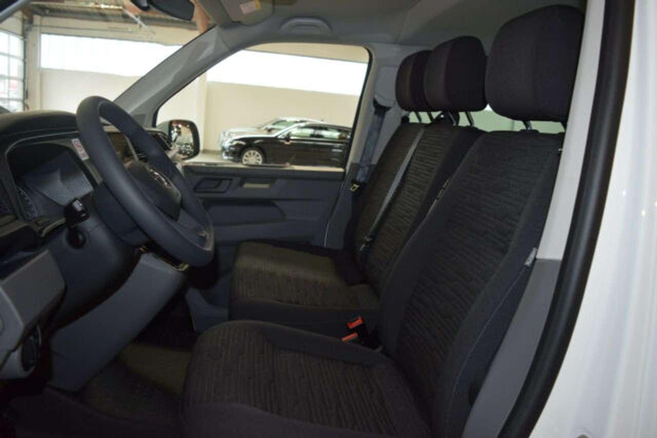 Autos nach Volkswagen T6 Caravelle