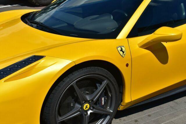 Autos nach Ferrari 458