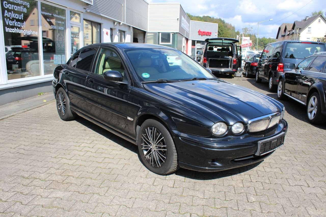 Autos nach Jaguar X-Type 2.0 Diesel