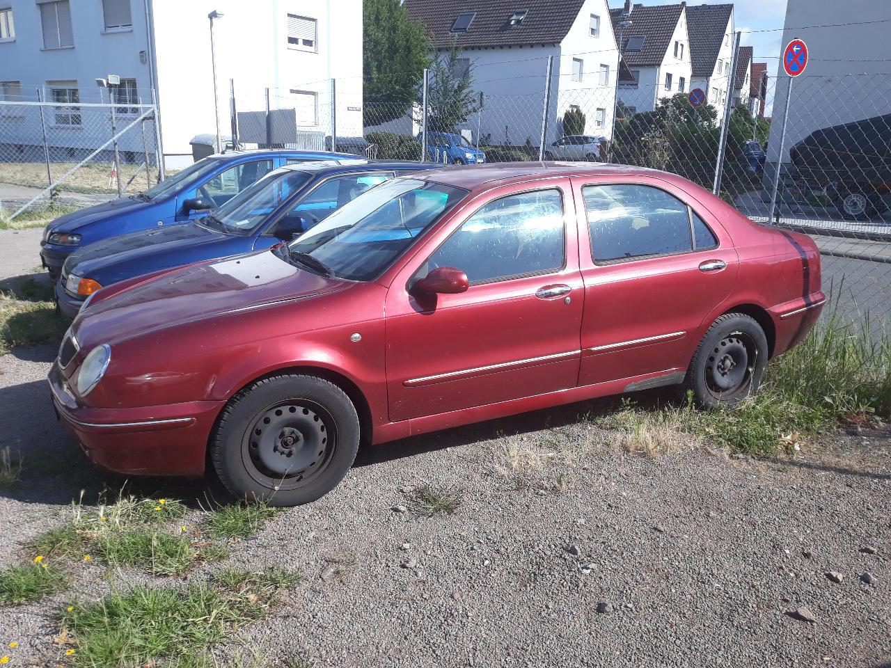 Autos nach Lancia Lybra