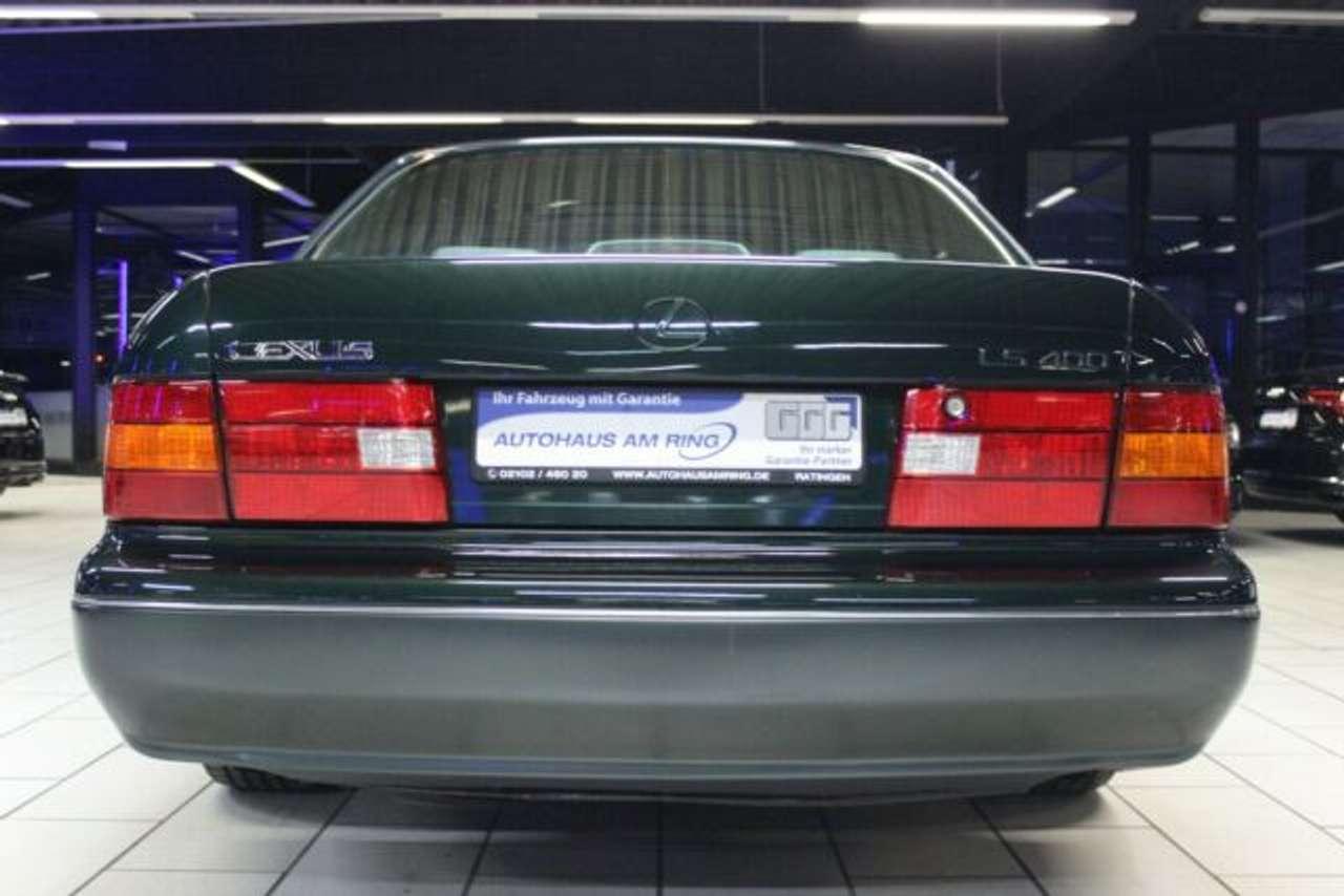 Autos nach Lexus LS