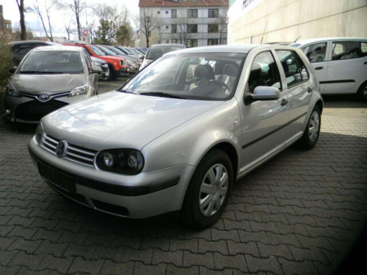 Autos nach Volkswagen Golf 1.6