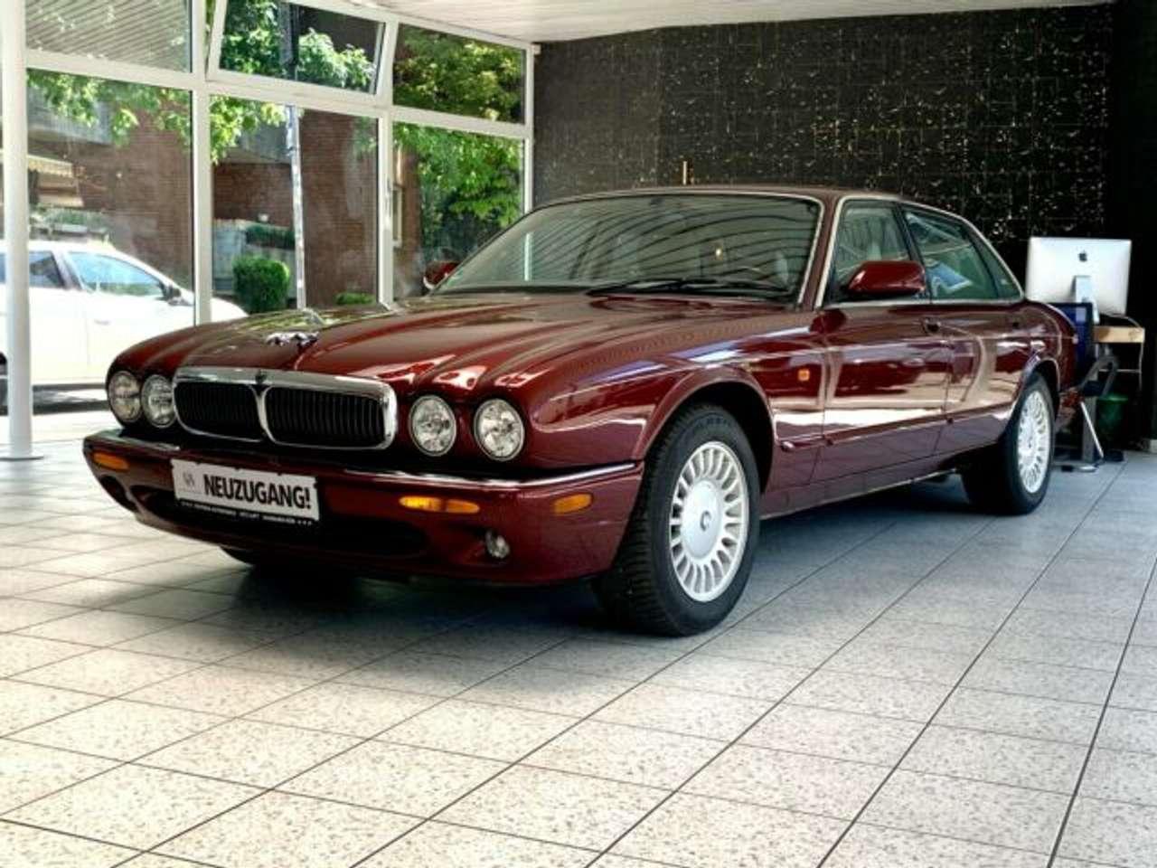 Autos nach Jaguar XJ 3.2