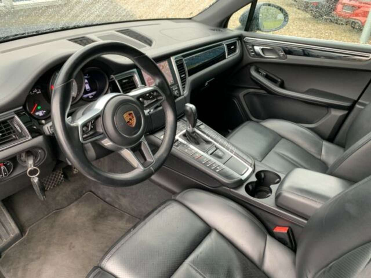 Autos nach Porsche Macan
