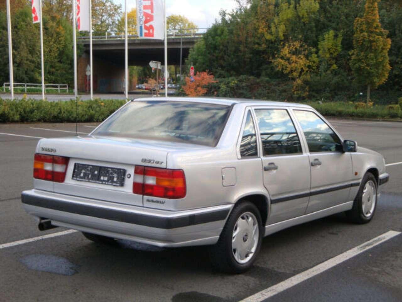 Autos nach Volvo 850