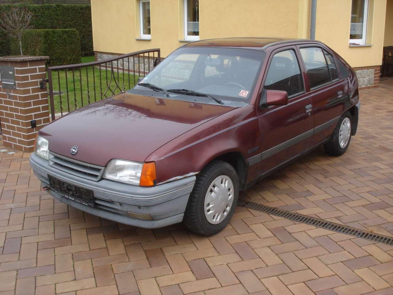 Autos nach Opel Kadett Kadett LS, CS, GL