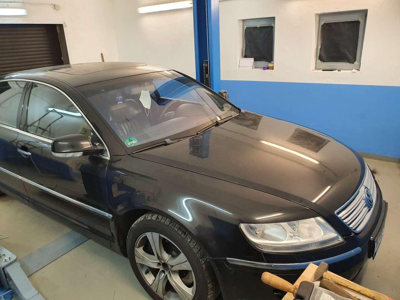 Autos nach Volkswagen Phaeton V10 TDI 4motion