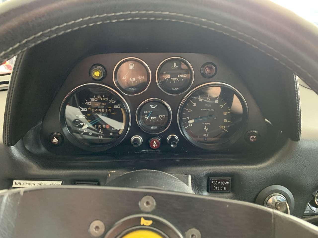 Autos nach Ferrari 308