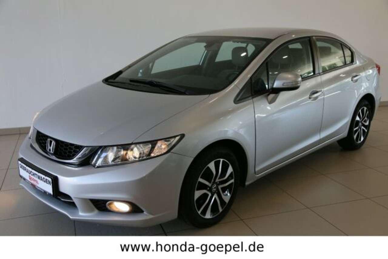 Autos nach Honda Civic Limousine 1.8