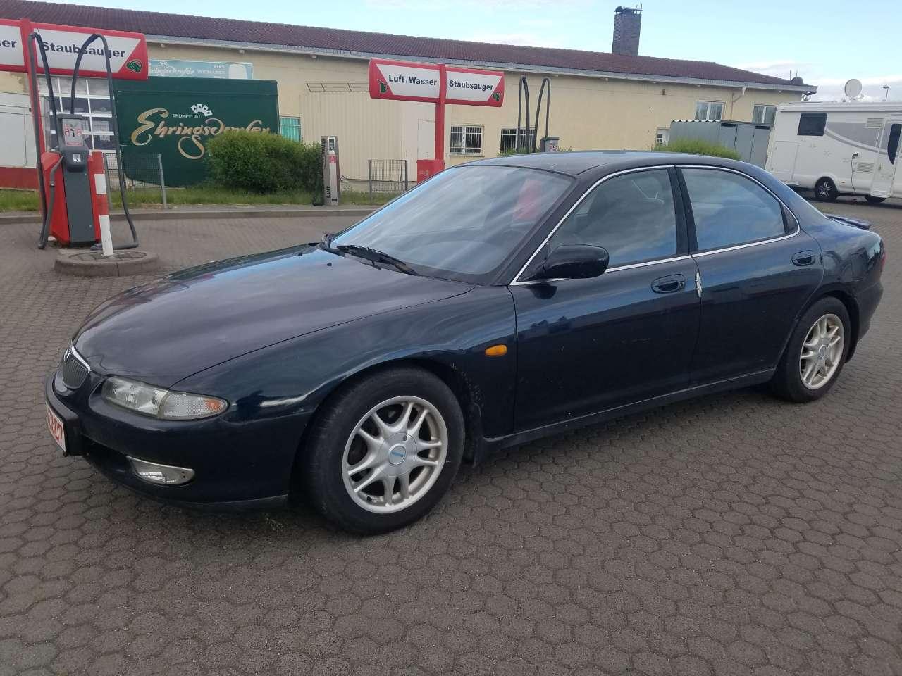 Autos nach Mazda Xedos 9