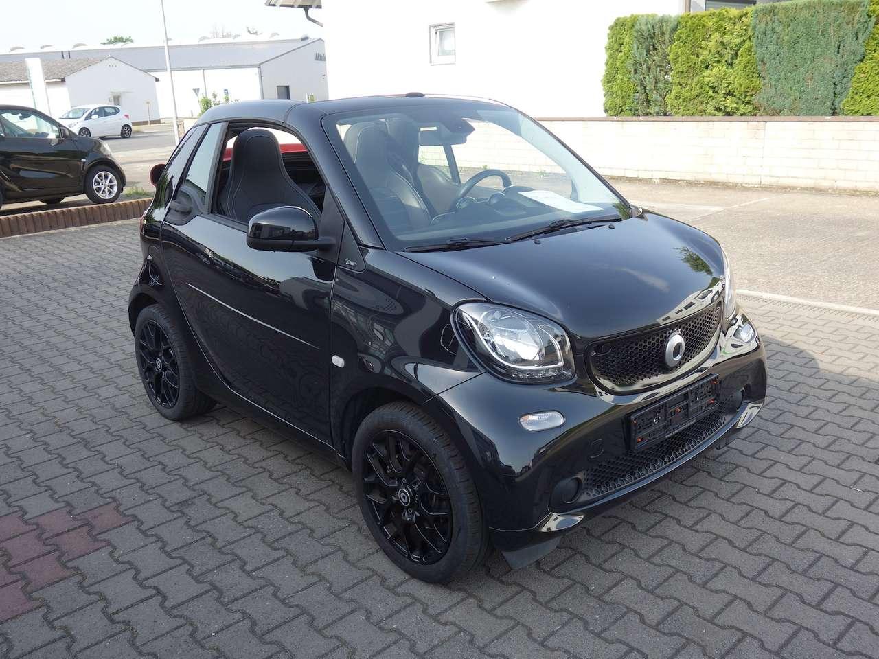 Autos nach Smart Fortwo fortwo cabrio 0.9 turbo