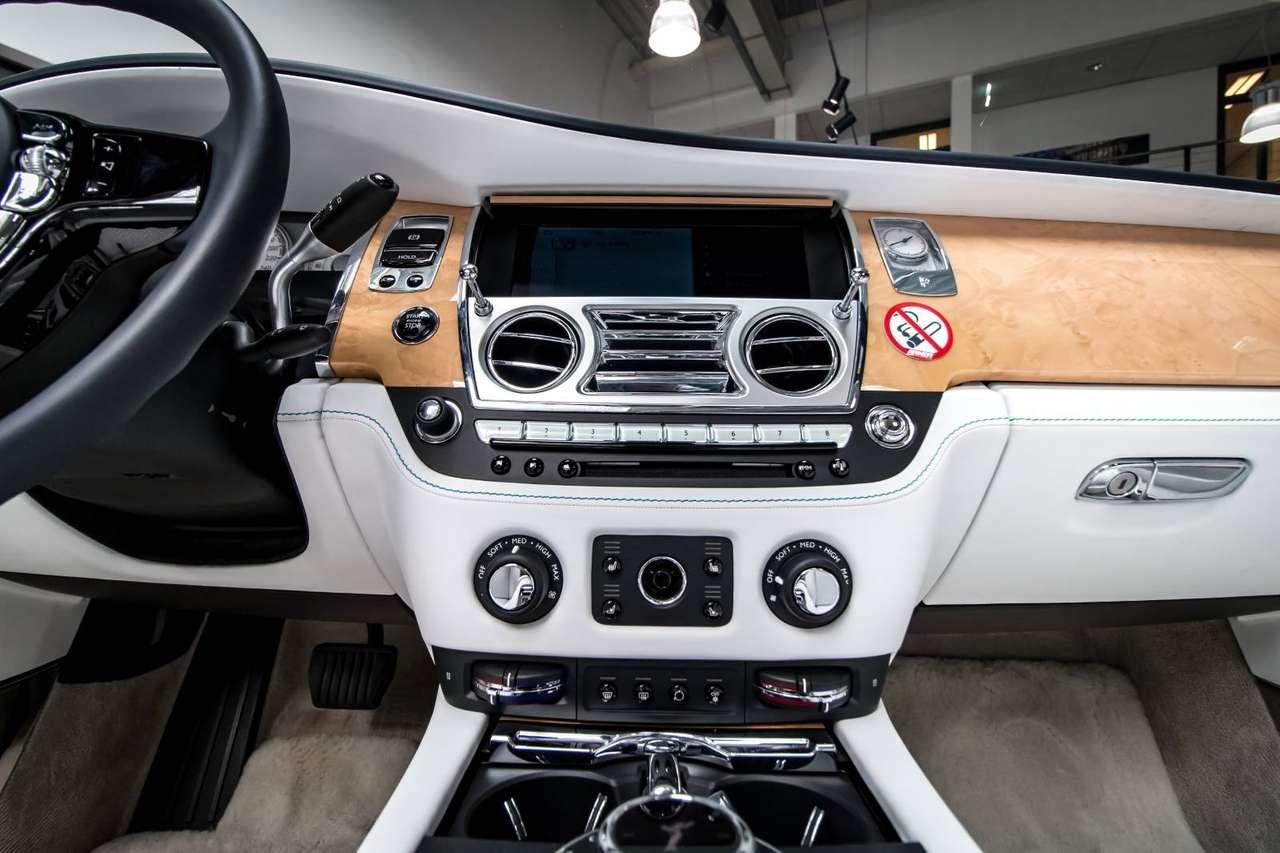 Autos nach Rolls-Royce Dawn