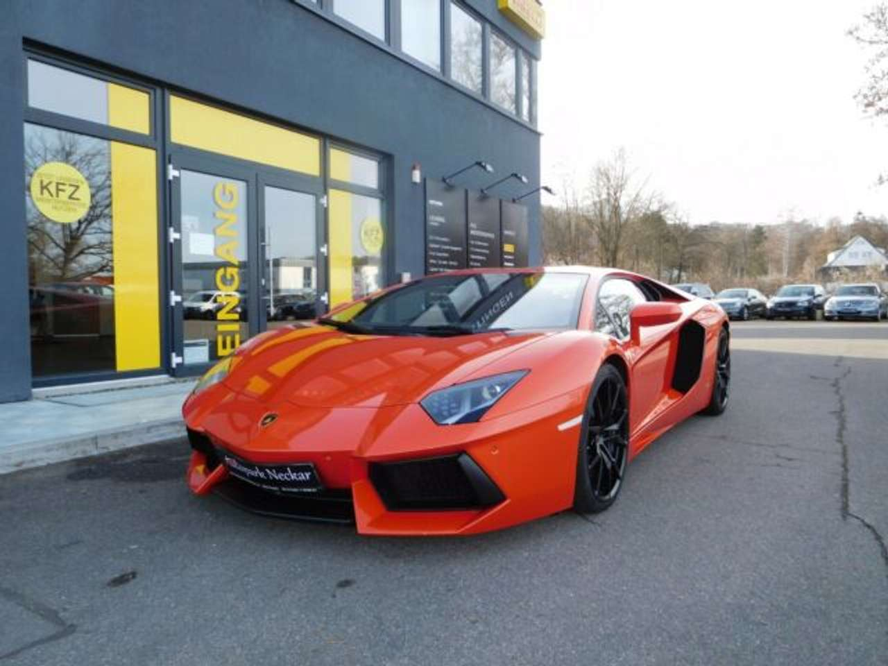 Autos nach Lamborghini Aventador Roadster LP700-4