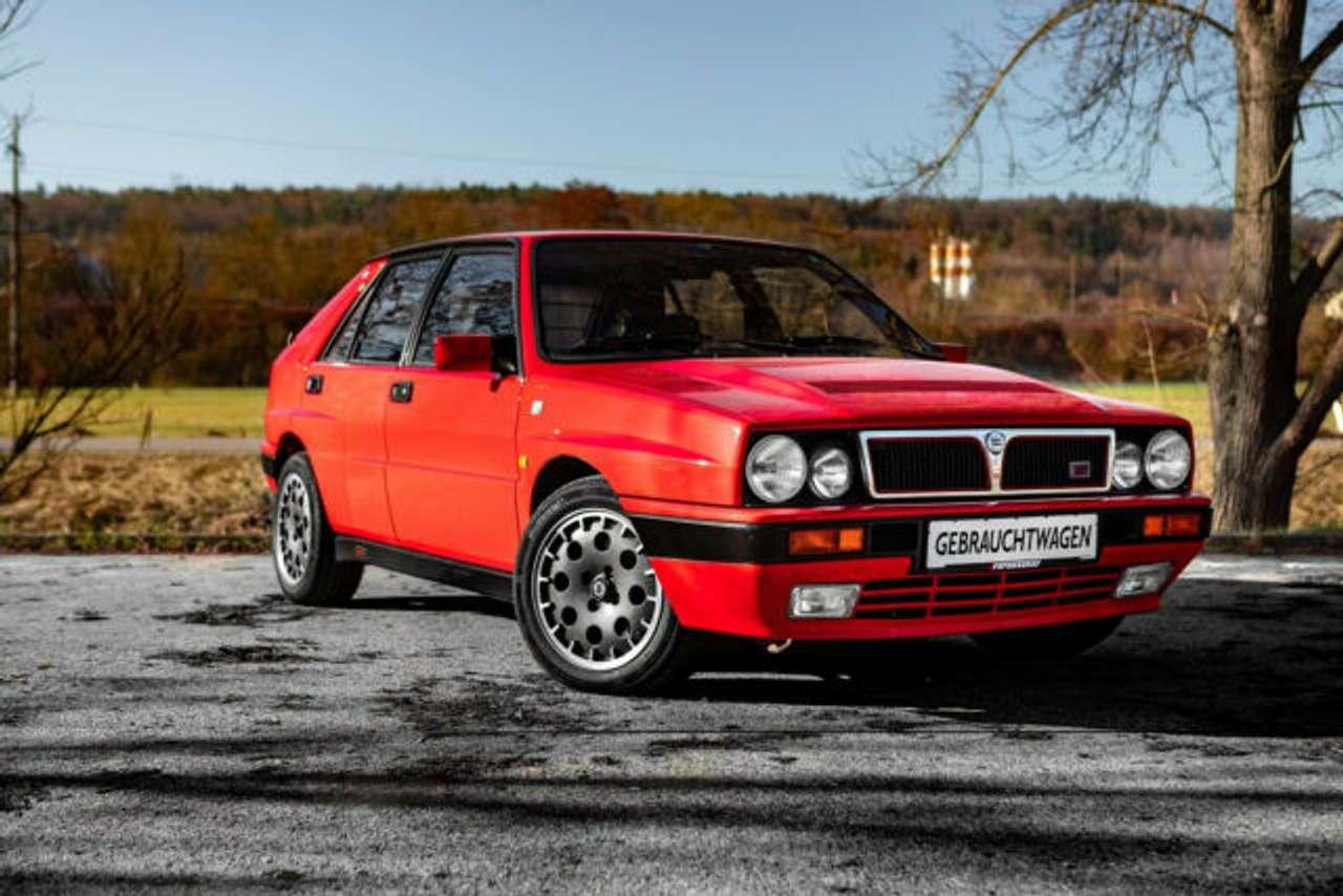 Autos nach Lancia Delta HF Integrale 16V