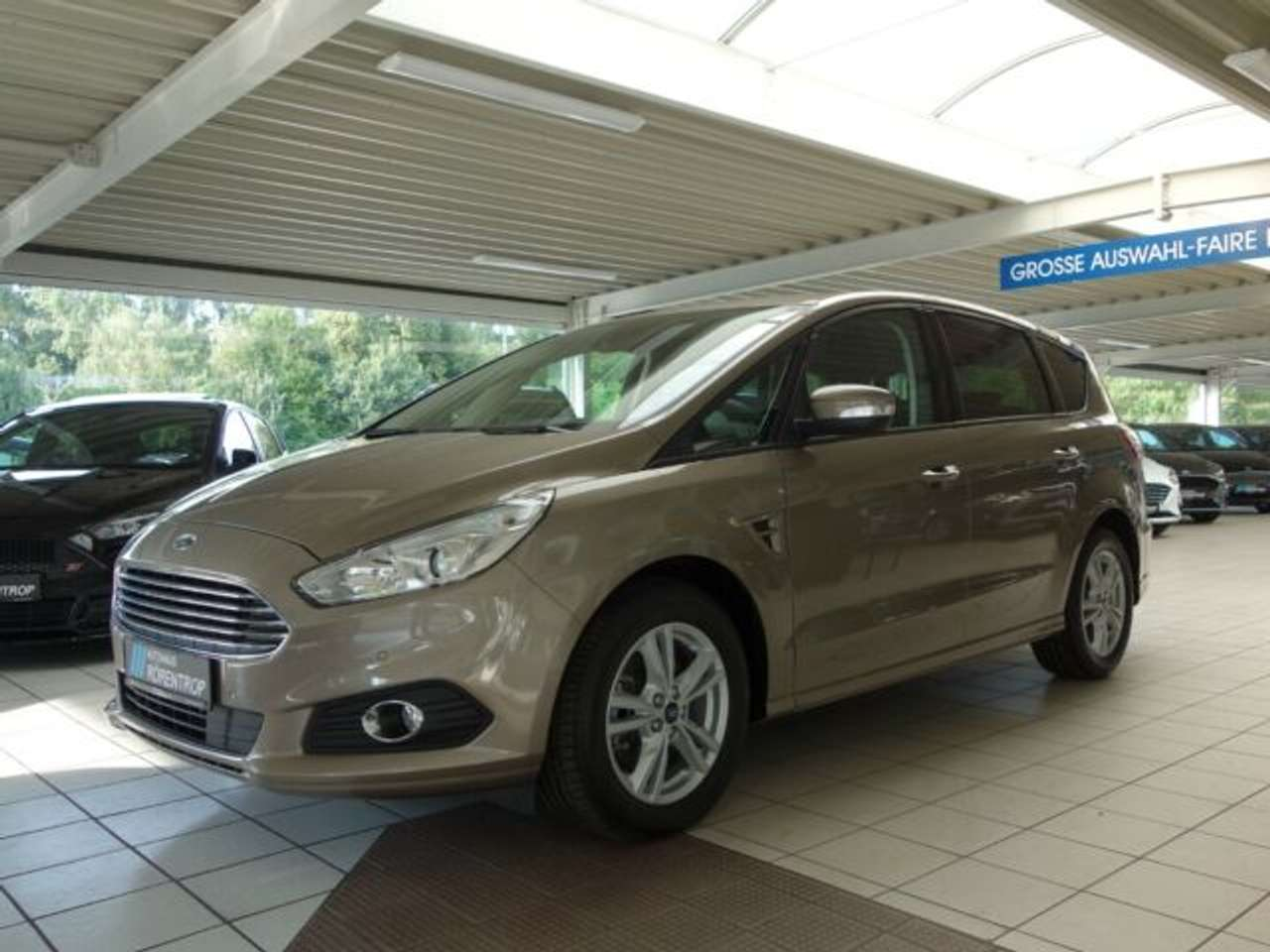 Autos nach Ford S-MAX 1.5 EcoBoost