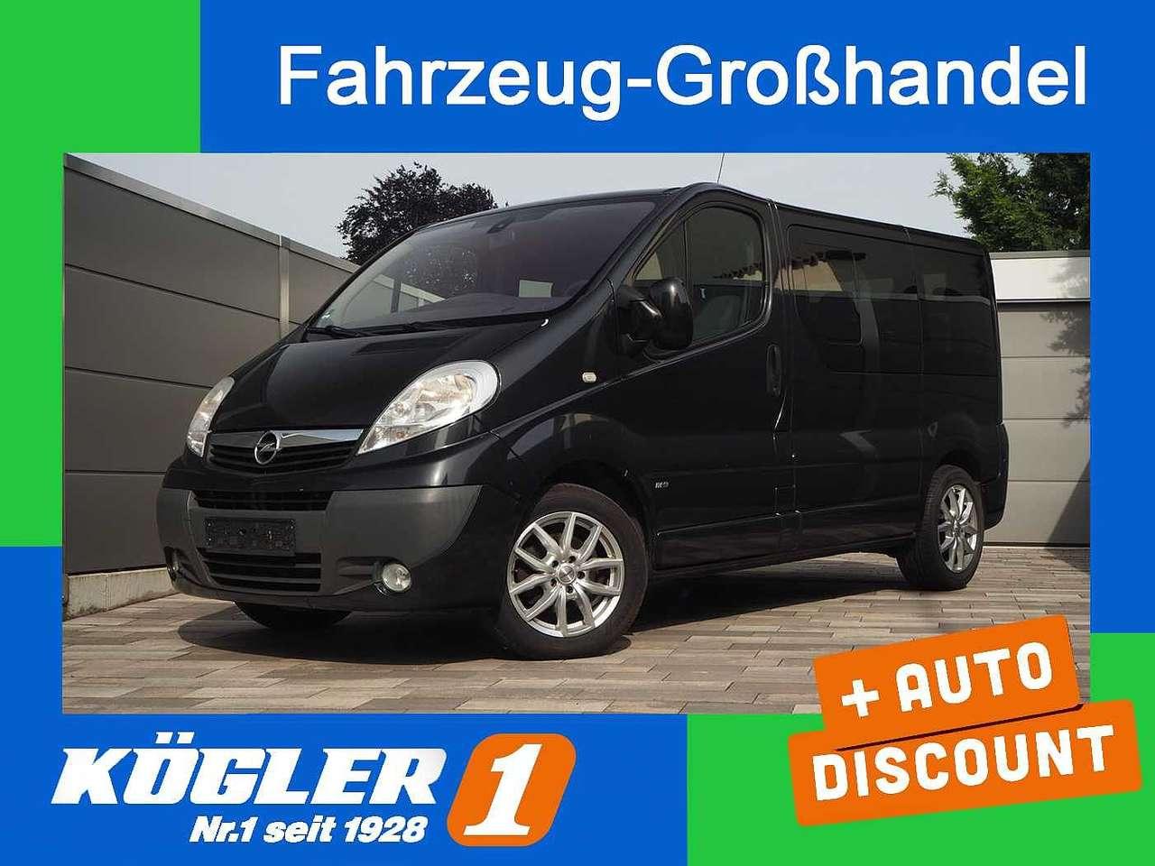 Autos nach Opel Vivaro 2.5 CDTI
