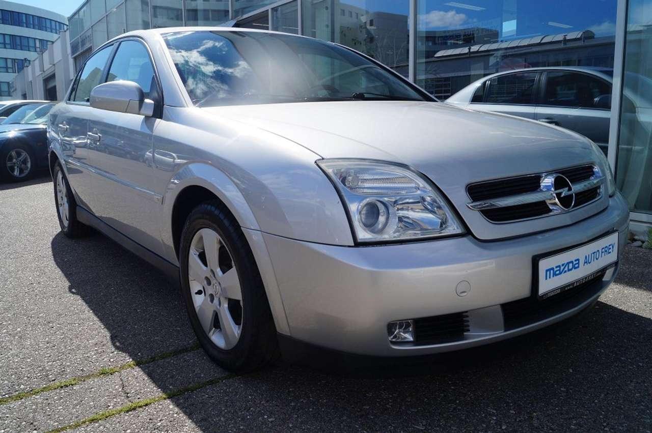 Autos nach Opel Vectra 2.2 DTI