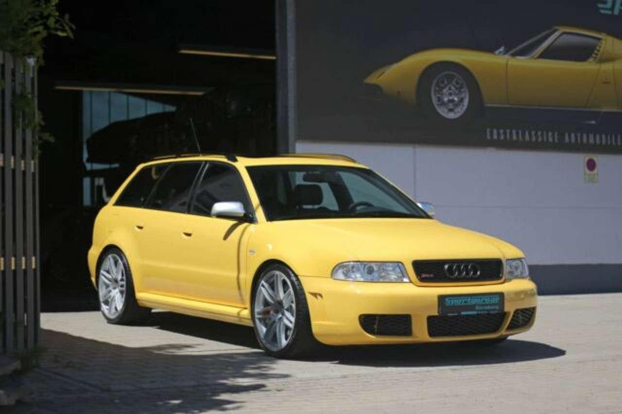 Autos nach Audi A4 RS4 Avant