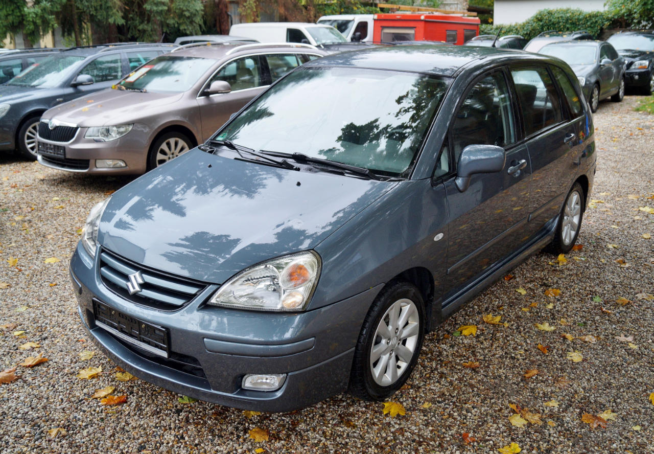 Autos nach Suzuki Liana