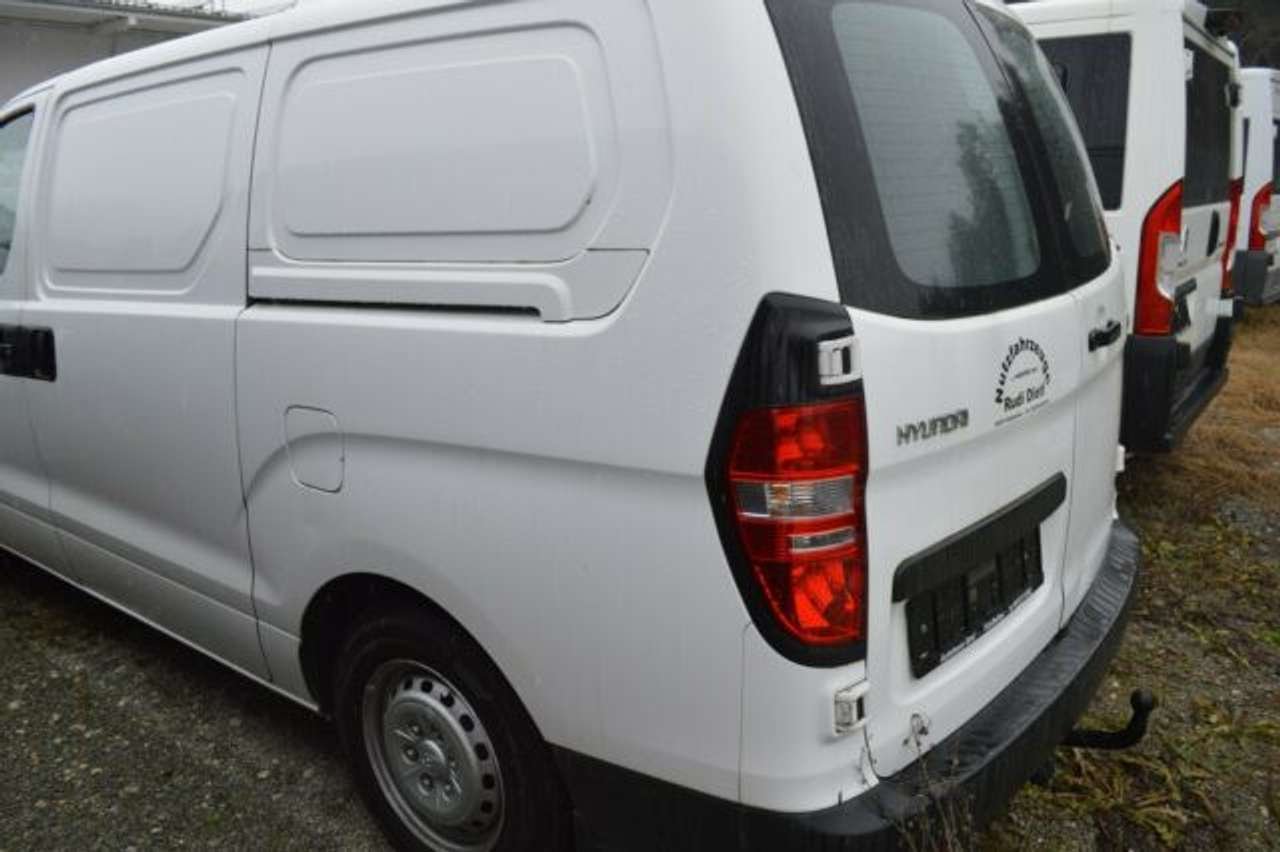 Autos nach Hyundai H-1 Travel