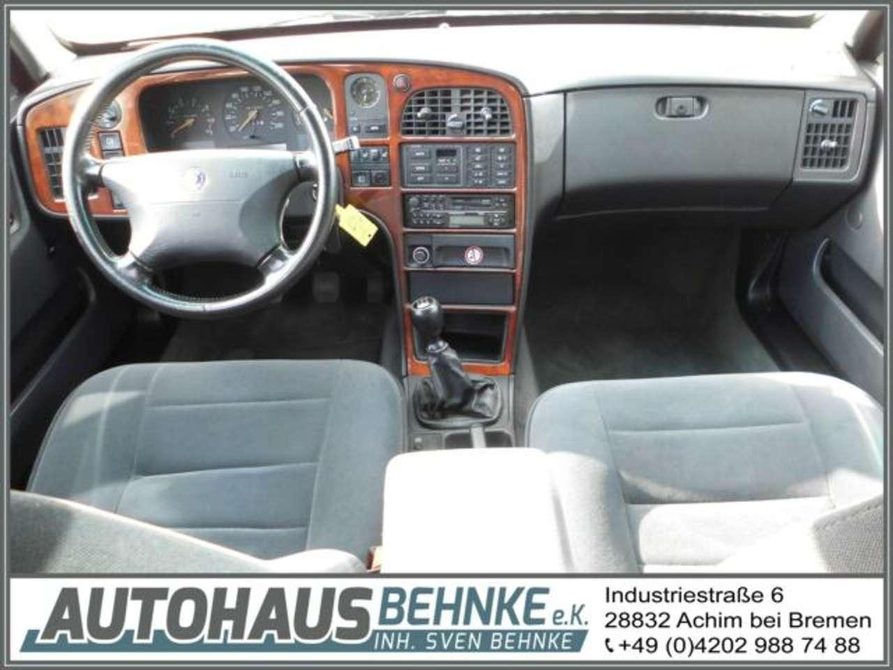 Autos nach Saab 9000