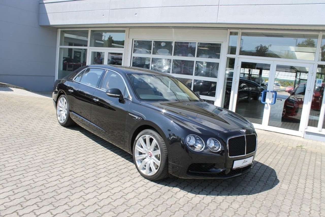 Autos nach Bentley Continental-based Flying Spur V8 S