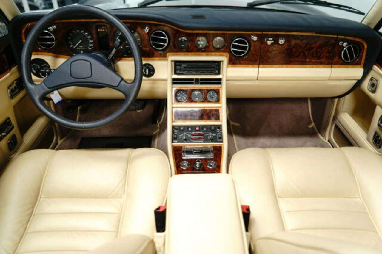 Autos nach Rolls-Royce Silver Seraph