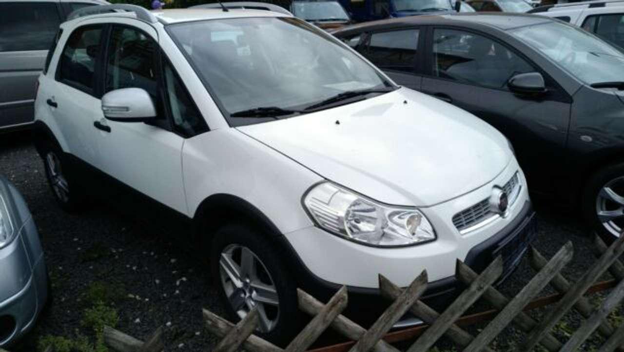 Autos nach Fiat Sedici
