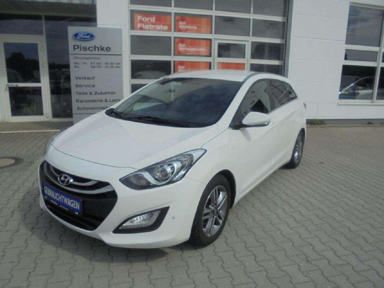 Autos nach Hyundai i30 Kombi 1.6 GDI