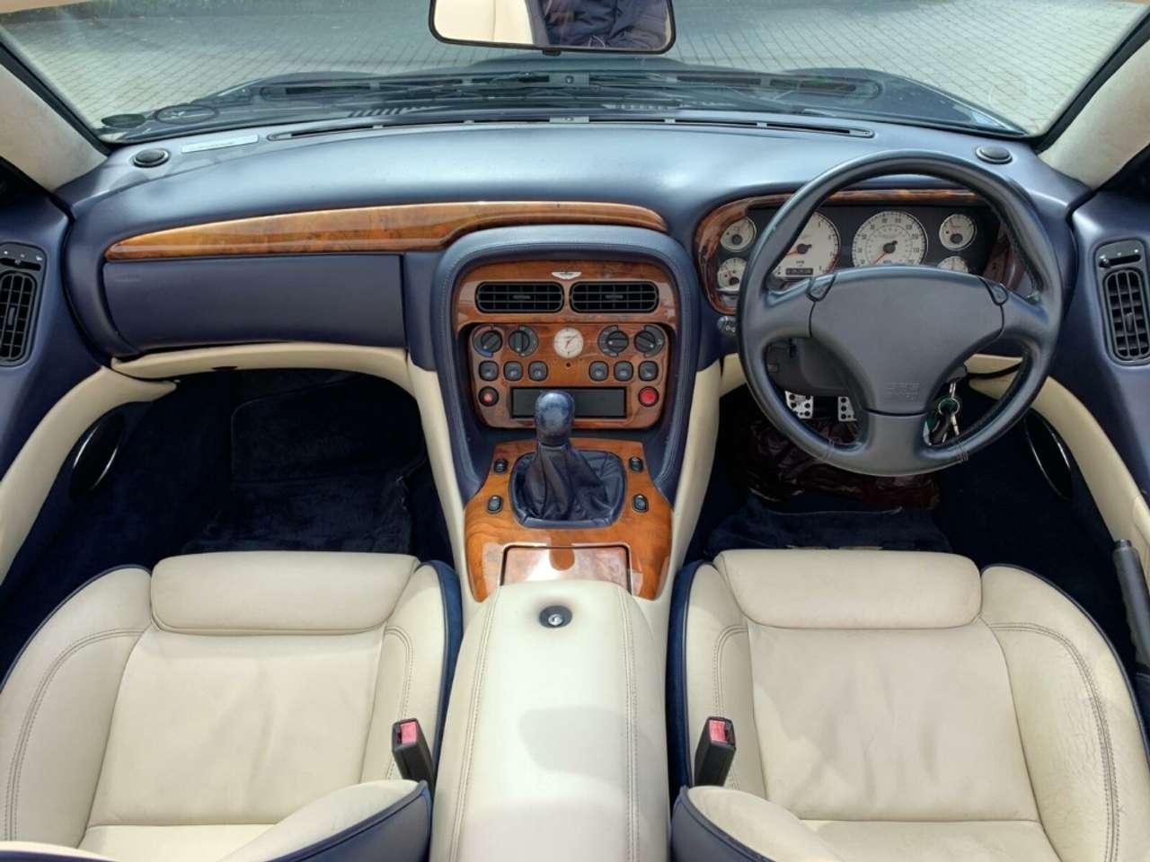 Autos nach Aston Martin DB7